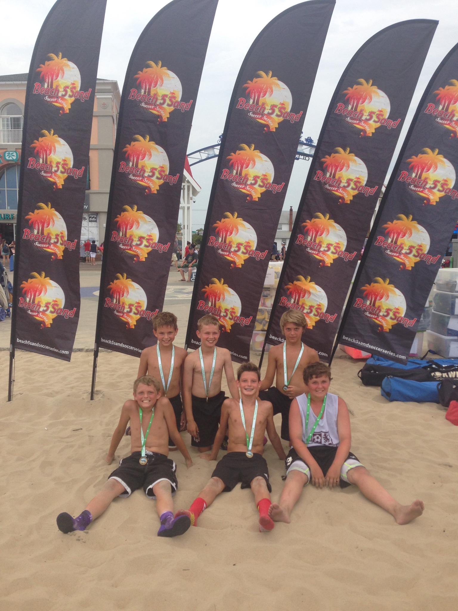 BU11:12 BEACH OUTLAWS